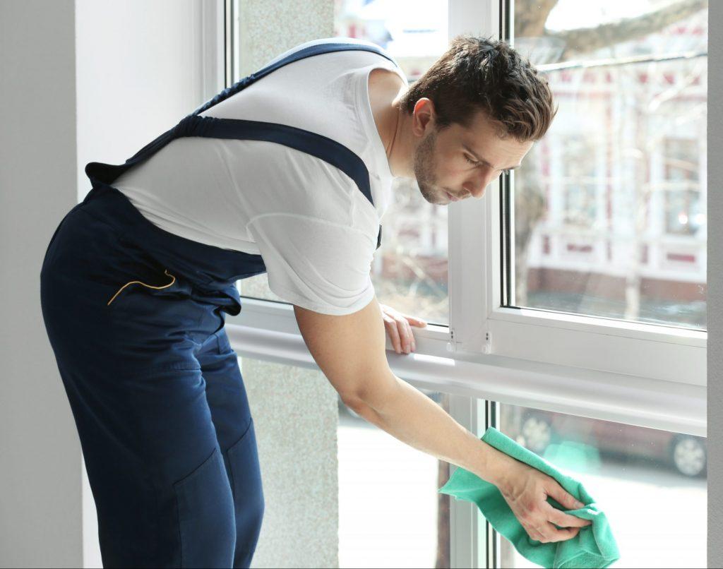 Dienstleitungen Fensterreinigung Gebäudereinigung